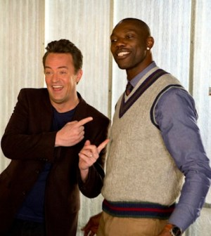 Matthew Perry as Ryan King, Terrell Owens as himself -- (Photo by: Justin Lubin/NBC)