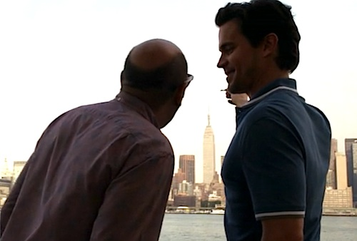 Mozzie (Willie Garson) and Neal (Matt Bomer) discover the key's secret (Image © USA Network)