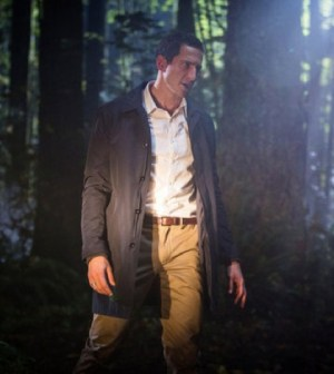 Sasha Roiz as Renard. Image © NBC