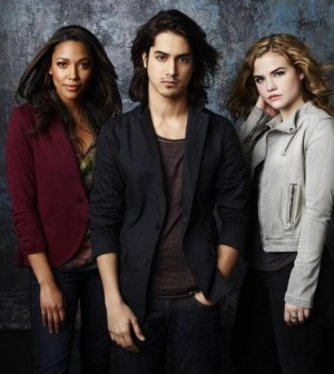 """""""Twisted"""" stars Kylie Bunbury as Lacey, Avan Jogia as Danny and Maddie Hasson as Jo. (ABC FAMILY/Andrew Eccles)"""