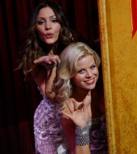 (l-r) Katharine McPhee as Karen Cartwright, Megan Hilty as Ivy Lynn -- (Photo by: Will Hart/NBC)