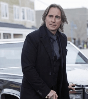Robert Carlyle as Rumplestiltskin in Once Upon A Time. Image © ABC