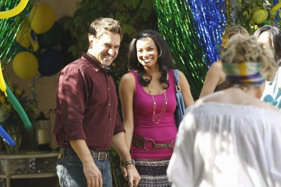 Cameron Bender as Richard, Rochelle Aytes as April -- © 2013 ABC