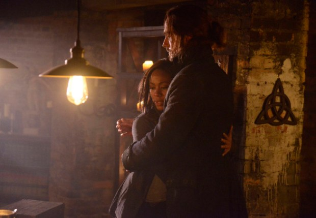 "Lt. Abbie Mills (Nicole Beharie, L) and Ichabod Crane (Tom Mison, R) in ""The Sin Eater"" episode of Sleepy Hollow. Co. CR: Brownie Harris/FOX"