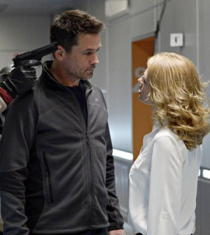 Billy Campbell as Dr. Alan Farragut and Jeri Ryan as Dr. Constance Sutton. (Photo by: Philippe Bosse/Syfy)