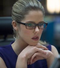 Pictured: Emily Bett Rickards as Felicity Smoak -- Photo: Cate Cameron/The CW