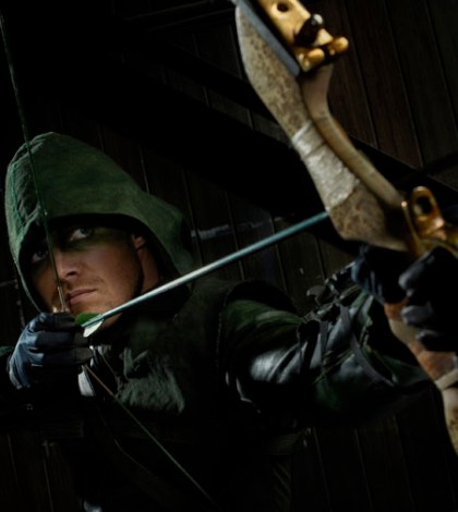 Pictured: Stephen Amell as Arrow Photo: Kharen Hill/The CW © 2012 The CW Network. All Rights Reserved