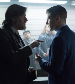 Detectives Gordon (Ben McKenzie, R) and Bullock (Donal Logue, L) on the case. Co.  Cr:  Jessica Miglio/FOX