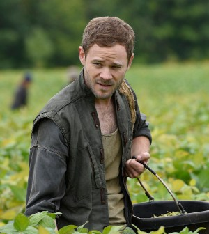 Pictured: Aaron Ashmore as John -- (Photo by: Steve Wilkie/Temple Street Releasing Limited/Syfy)