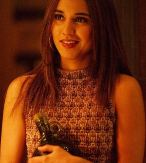 Pictured: Summer Bishil as Margo -- (Photo by: Carole Segal/Syfy)