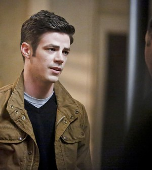 -- Pictured (L-R): Grant Gustin as Barry Allen and Jesse L. Martin as Detective Joe West -- Photo: Bettina Strauss/The CW