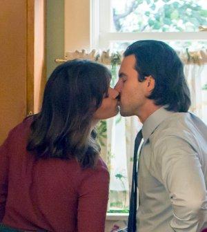 Pictured: (l-r) Mandy Moore as Rebecca, Milo Ventimiglia as Jack -- (Photo by: Ron Batzdorff/NBC)