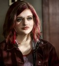 Pictured: Joey King as Frankie Kane -- Photo: Bettina Strauss/The CW