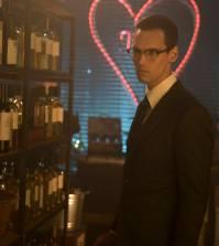 "GOTHAM: Cory Michael Smith in the ""Mad City: Follow the White Rabbit"" episode of GOTHAM    Co. Cr: Jessica Miglio/FOX."