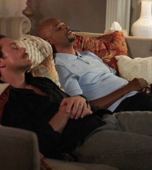 "Pictured L-R: Clayne Crawford and Damon Wayans in the ""Fashion Police"" episode of LETHAL WEAPON airing Wednesday, Nov. 9 (9:00-10:00 PM ET/PT) on FOX. ©2016 Fox Broadcasting Co. CR: Adam Taylor/FOX"
