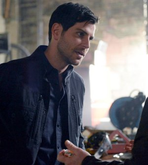 "GRIMM -- ""Fugitive"" Episode 601 -- Pictured: David Giuntoli as Nick Burkhardt -- (Photo by: Allyson Riggs/NBC)"