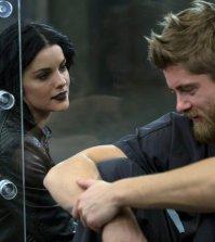 Pictured: (l-r) Jaimie Alexander as Jane Doe, Luke Mitchell as Roman -- (Photo by: Eric Liebowitz/Warner Bros/NBC)