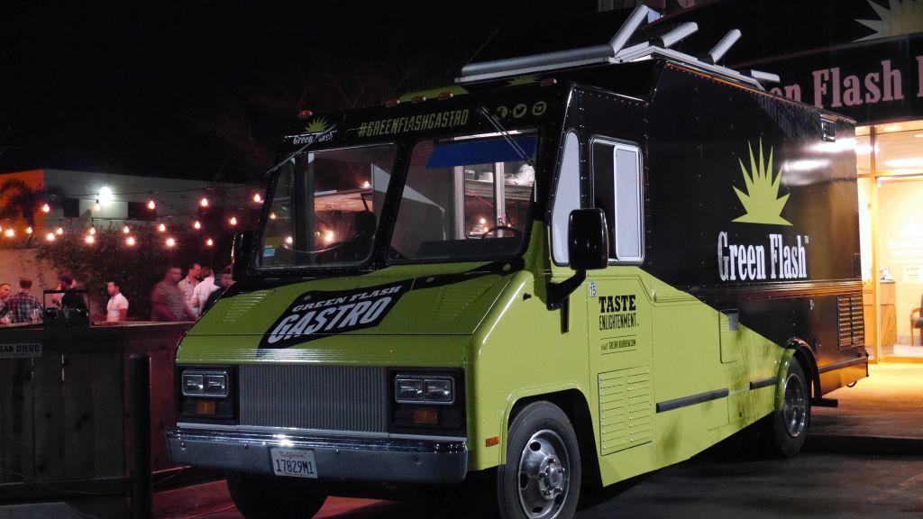 Green Flash Food Truck 01