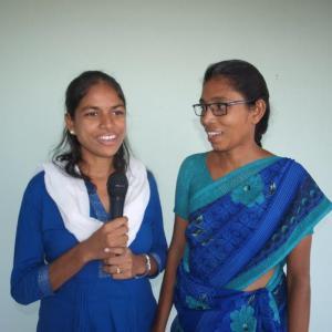 Kumari en Lakshmi hebben de leiding in het hostel