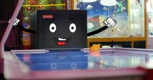 Lenovo_Best_Man_15_Sec_Madeforsocialv2_ONLINE.00_00_06_21.Still002