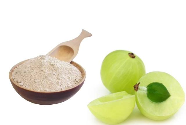 Fuller's Earth And Indian Gooseberry Mask