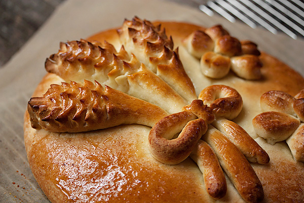 Christmas Eve Honey Bread