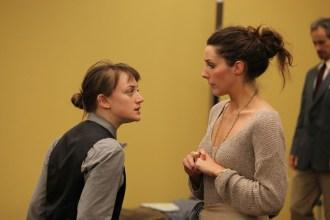 Allie Pratt as Viola and Elinor Gunn as Olivia.
