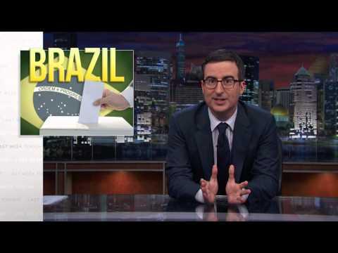 John Oliver mostra aos americanos os candidatos cômicos das eleições no Brasil