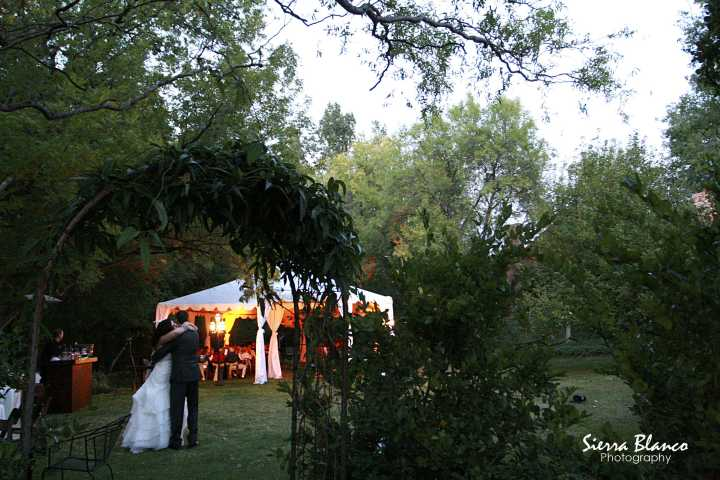 outdoor sedona weddings