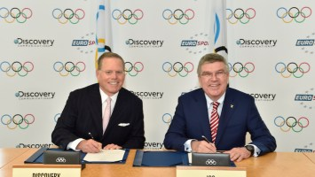 David Zaslav and IOC President Thomas Bach. Credit: IOC Christophe Moratal