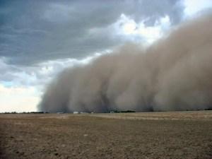 Tempesta di sabbia in arrivo dal deserto del Sahara sull'Italia