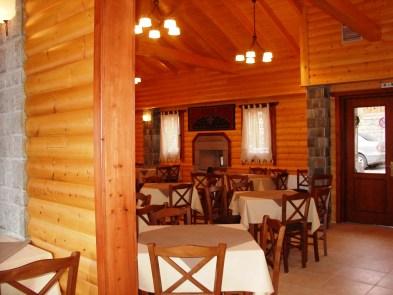 selinas taverna 2