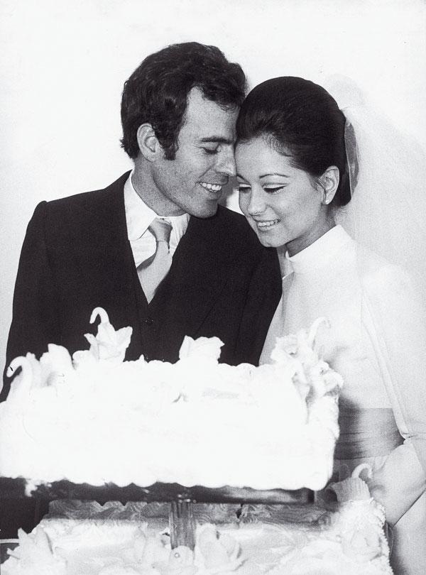 Su boda de juventud con Julio Iglesias a los 19 años