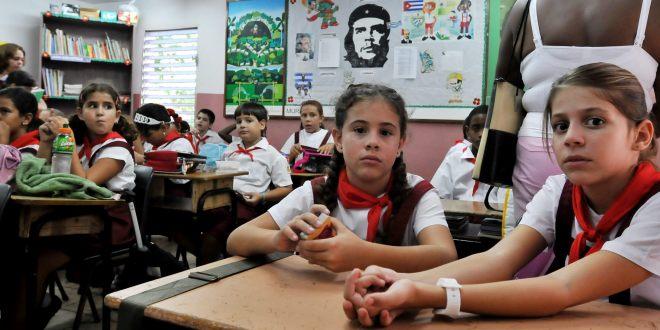 COMIENZA CURSO ESCOLAR EN CUBA