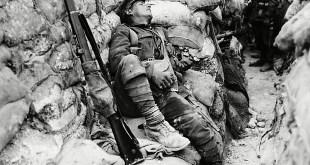 soldato-francese-in-trincea-prima-guerra-mondiale