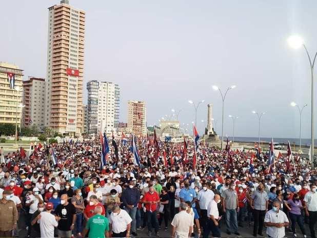 manifestazione-pro-rivoluzione-cuba
