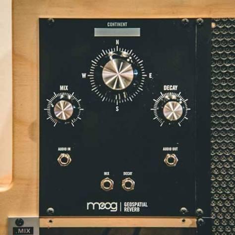 moog eurorack module delay