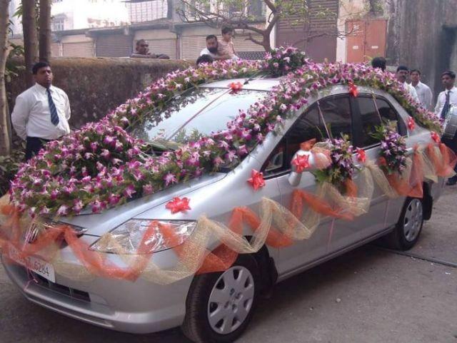 Mobil Taman bunga Berjalan