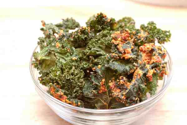 Take your kale chips to the next level with sun dried tomatoes and cashews!