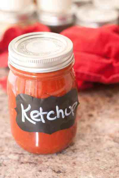 Homemade Ketchup in less than 5 minutes!