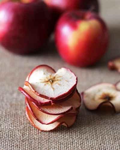 Baked-Apple-Chips