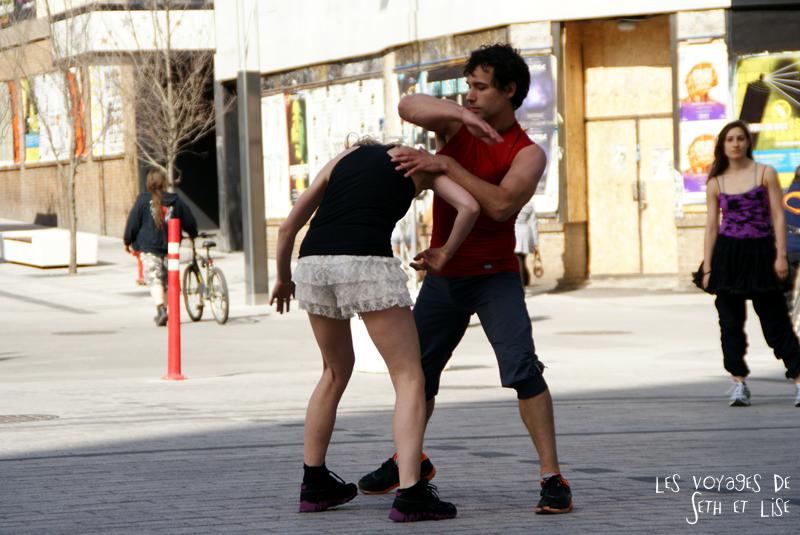 blog pvt canada voyage canada montreal voyage tour du monde fete artiste danse couple culotte