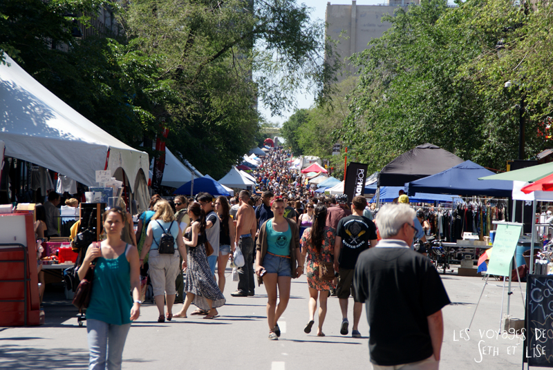 pvt canada montreal blog main st laurent frenesie couple voyage rue foule