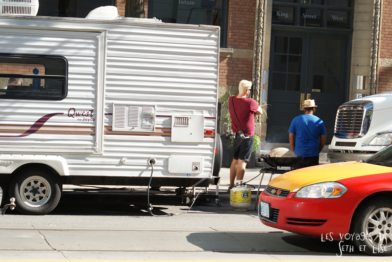 blog photo voyage canada toronto movie scene spoiler cinema bbq barbie set crew chill food
