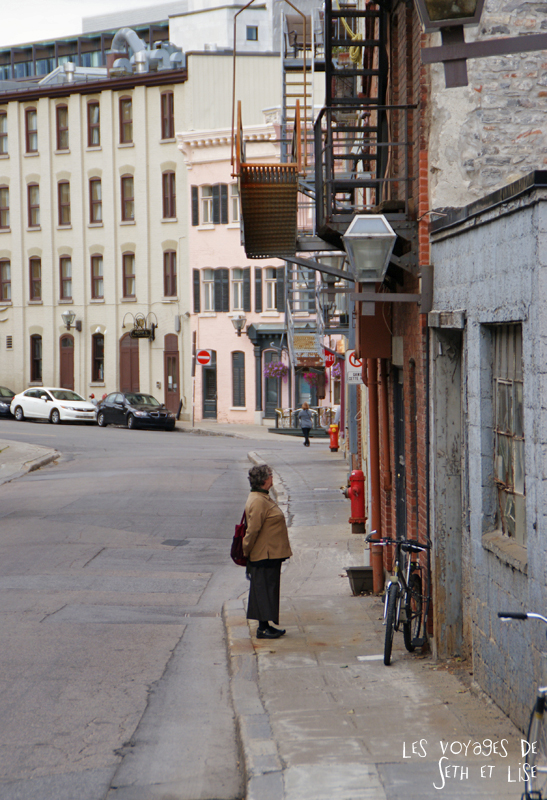 blog photographie canada pvt pvtiste voyage couple tour du monde quebec city ville vieille rue
