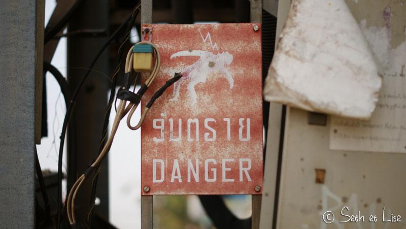 danger-sign-electricity.jpg