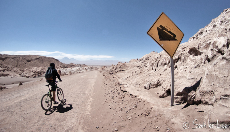 sign-road-atacama