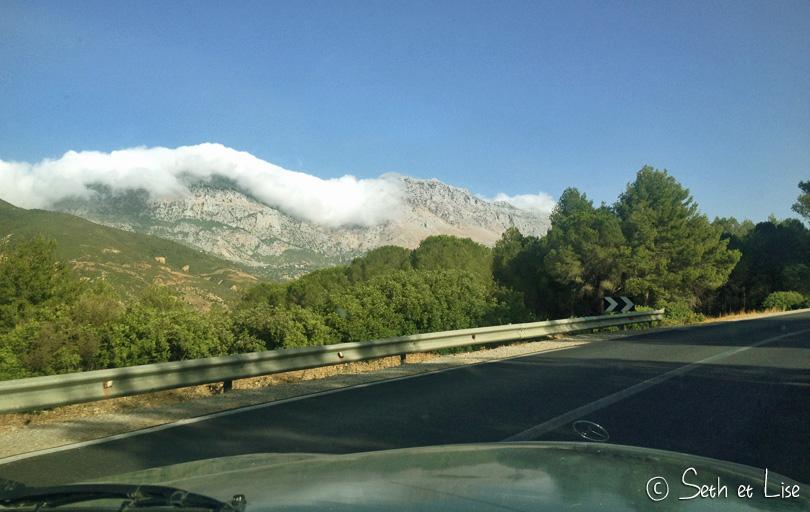 nuage montagne kif tetouan