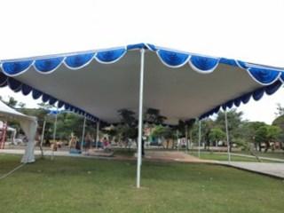 Tenda Plafon Putih-Biru