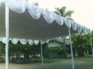 Tenda Plafon Putih